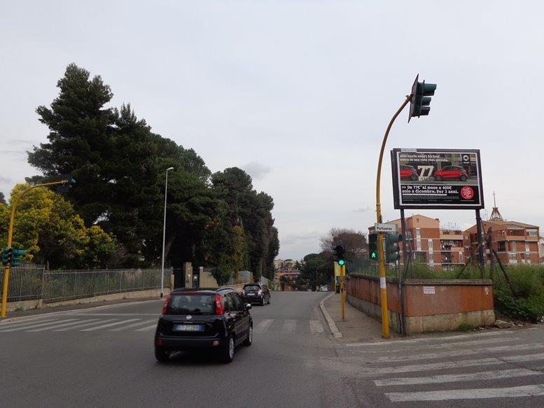 GREGOR 2 216 Vicolo Clementi a mt. 50 prima del civ. 748 di Via Portuense