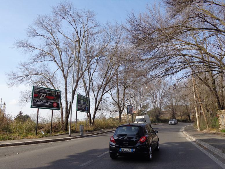GREGOR 374 Via Valle dei Fontanili fronte civ. 182angolo Via dei Dumas in salita